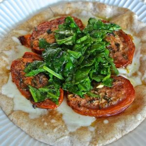 Roasted Tomato, Spinach, & Mozzarella Flatbread Pizzas