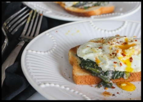Lightened Up Creamed Spinach (for breakfast) - The Barbee Housewife