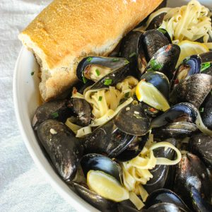 Spicy Mussels with Linguine