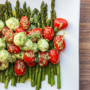 Asparagus Caprese Salad #BrunchWeek